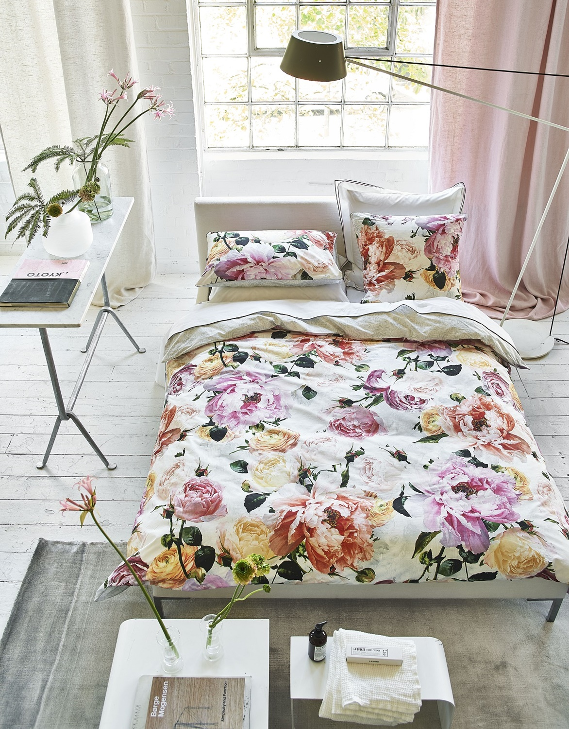 designers guild charlottenberg peony bettw sche. Black Bedroom Furniture Sets. Home Design Ideas