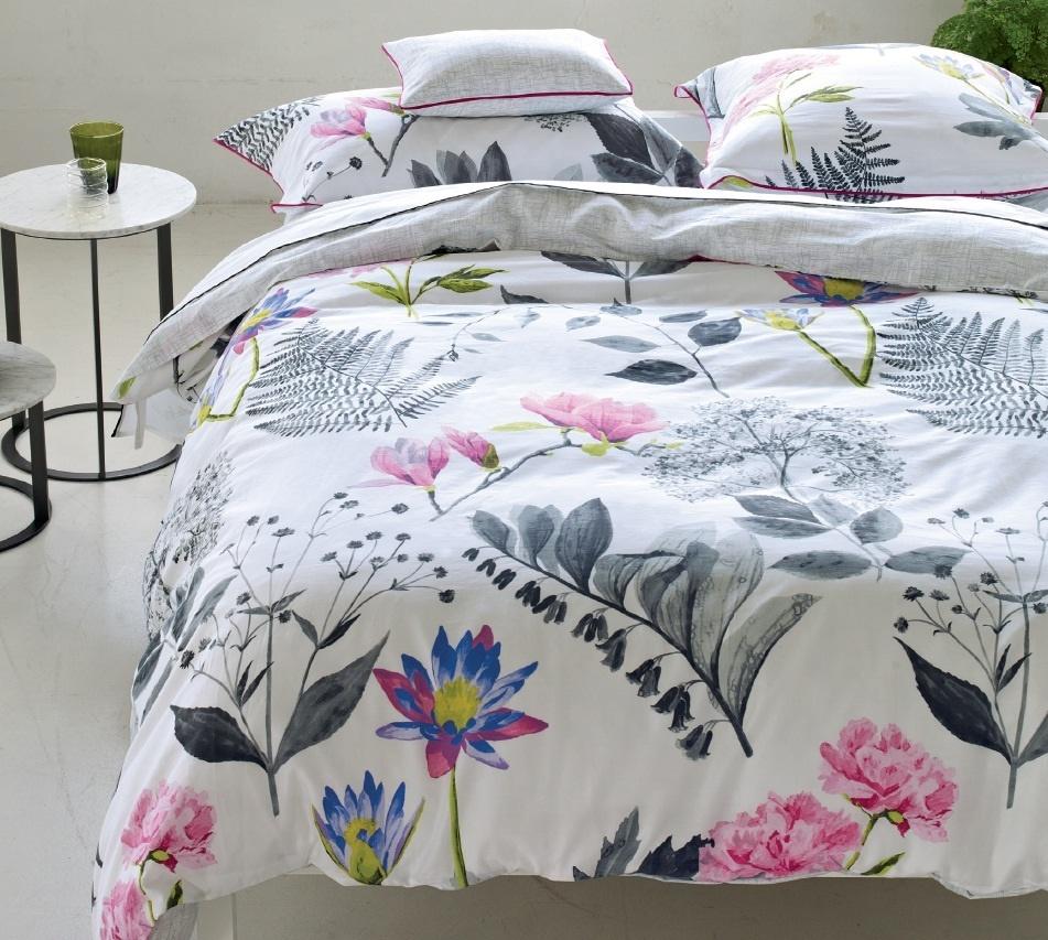 designers guild mokuren graphite satinbettw sche. Black Bedroom Furniture Sets. Home Design Ideas