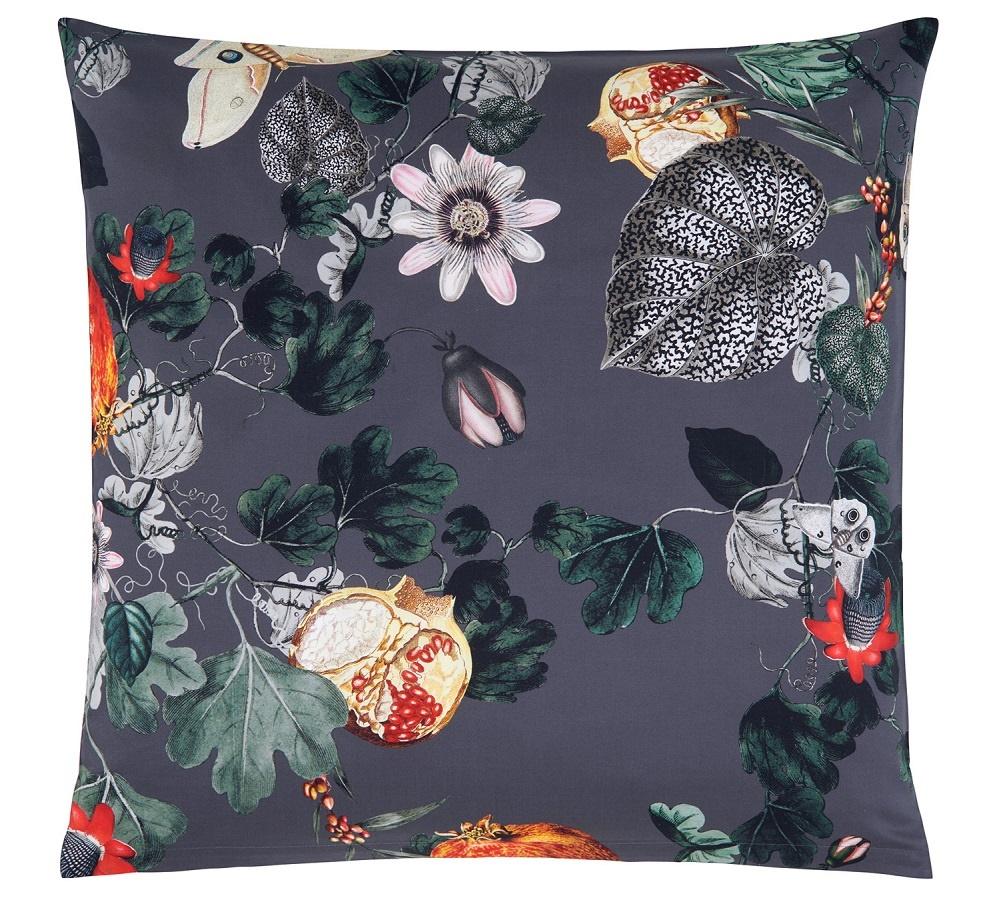 persian nights satin bettw sche von christian fischbacher. Black Bedroom Furniture Sets. Home Design Ideas
