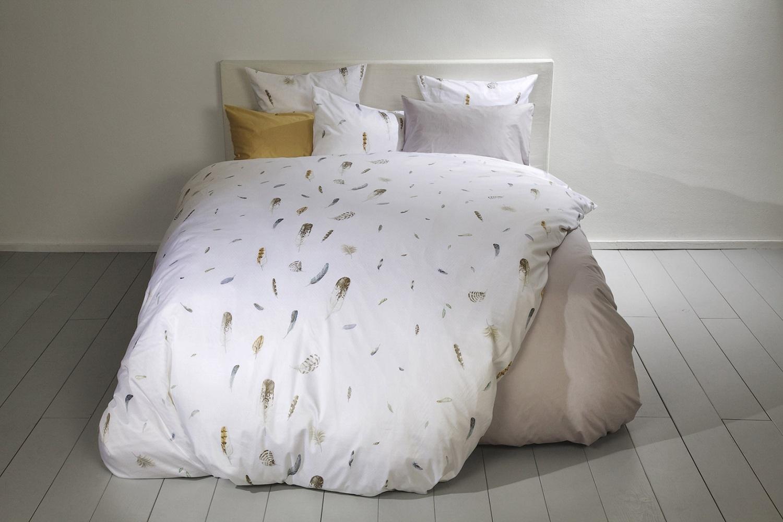 madeleine satin bettw sche von christian fischbacher. Black Bedroom Furniture Sets. Home Design Ideas