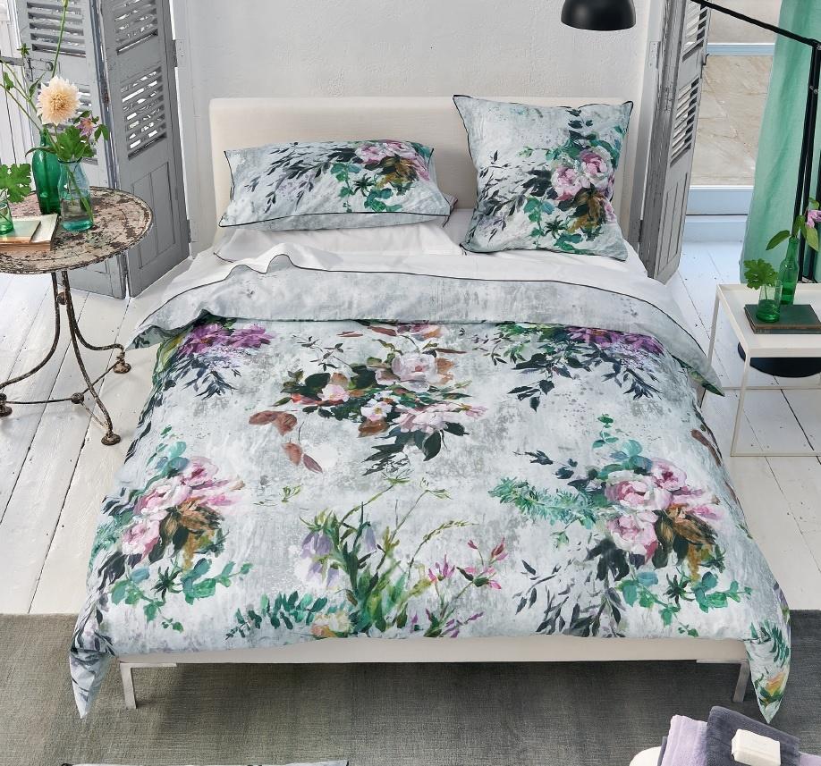 designers guild majolica slate wendebettw sche. Black Bedroom Furniture Sets. Home Design Ideas