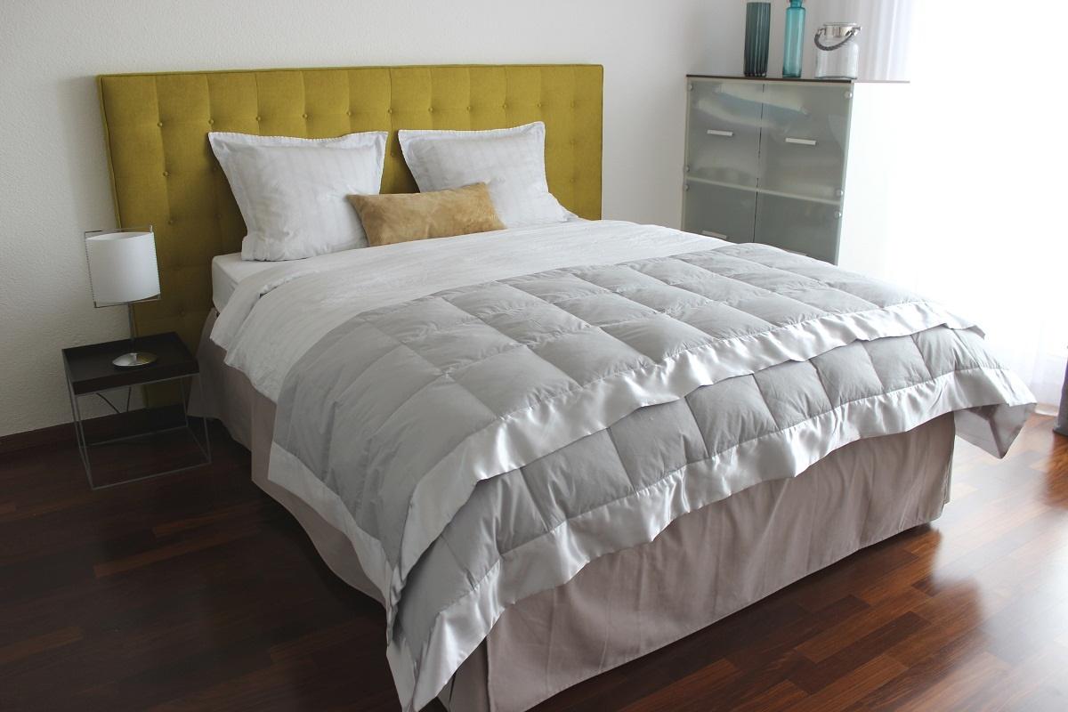 anne de solene cocoon bett berwurf silber. Black Bedroom Furniture Sets. Home Design Ideas